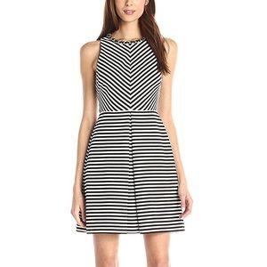 *NWT* Jessica Simpson dress